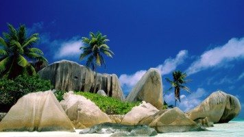 la-digue-islands-normal