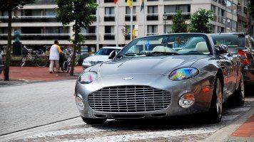 Aston-Martin-DB-AR1