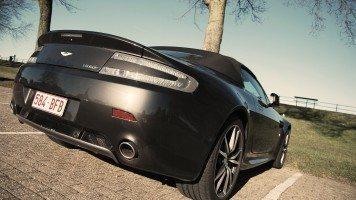 Aston-Martin-V8-Vantage-Roadster-Back