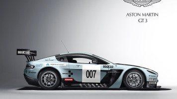 aston-martin-v12-vantage-gt3-wide