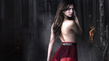 nina-dobrev-in-vampire-diaries-wide