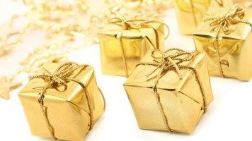 golden-christmas-hd-wallpaper