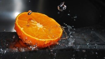 orange-and-water-splash