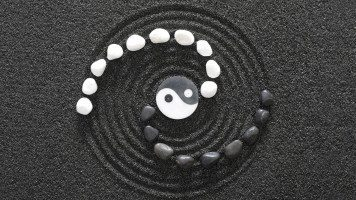 yin-and-yang-spiral