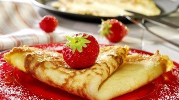 hd-wallpaper-pancake-with-strawberries