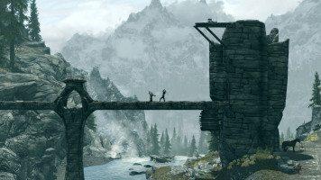 Fighting-on-a-tone-bridge