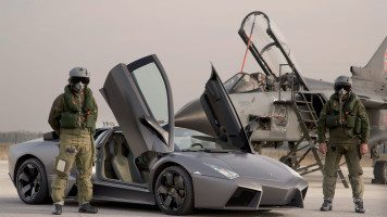 hd-wallpapers-reventon-cars-military