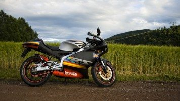 aprilia-shiver-motorcycle-hd-wallpaper