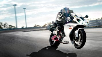 yamaha-bike-ride-HD