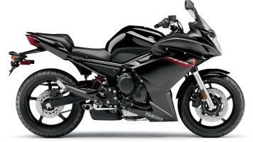 yamaha-fz6r-black-wide