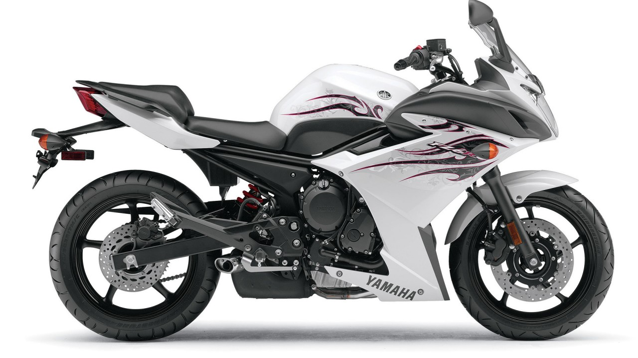 yamaha fz6r white wide