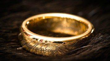 Cursed-ring