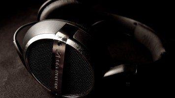 hd-wallpaper-music-headphones