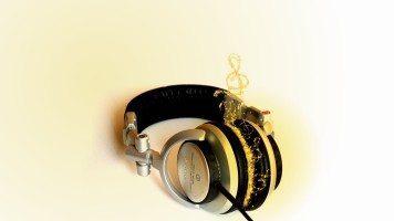 sony-headphones-hd-wallpaper