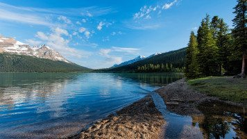 A-glacial-lake