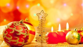 pictures-balls-holiday-christm-and-happy-new-year-hd-wallpaper