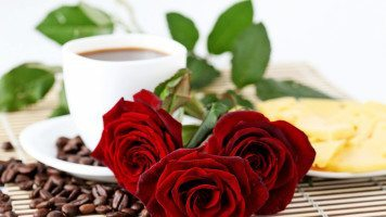 Coffee-and-Roses