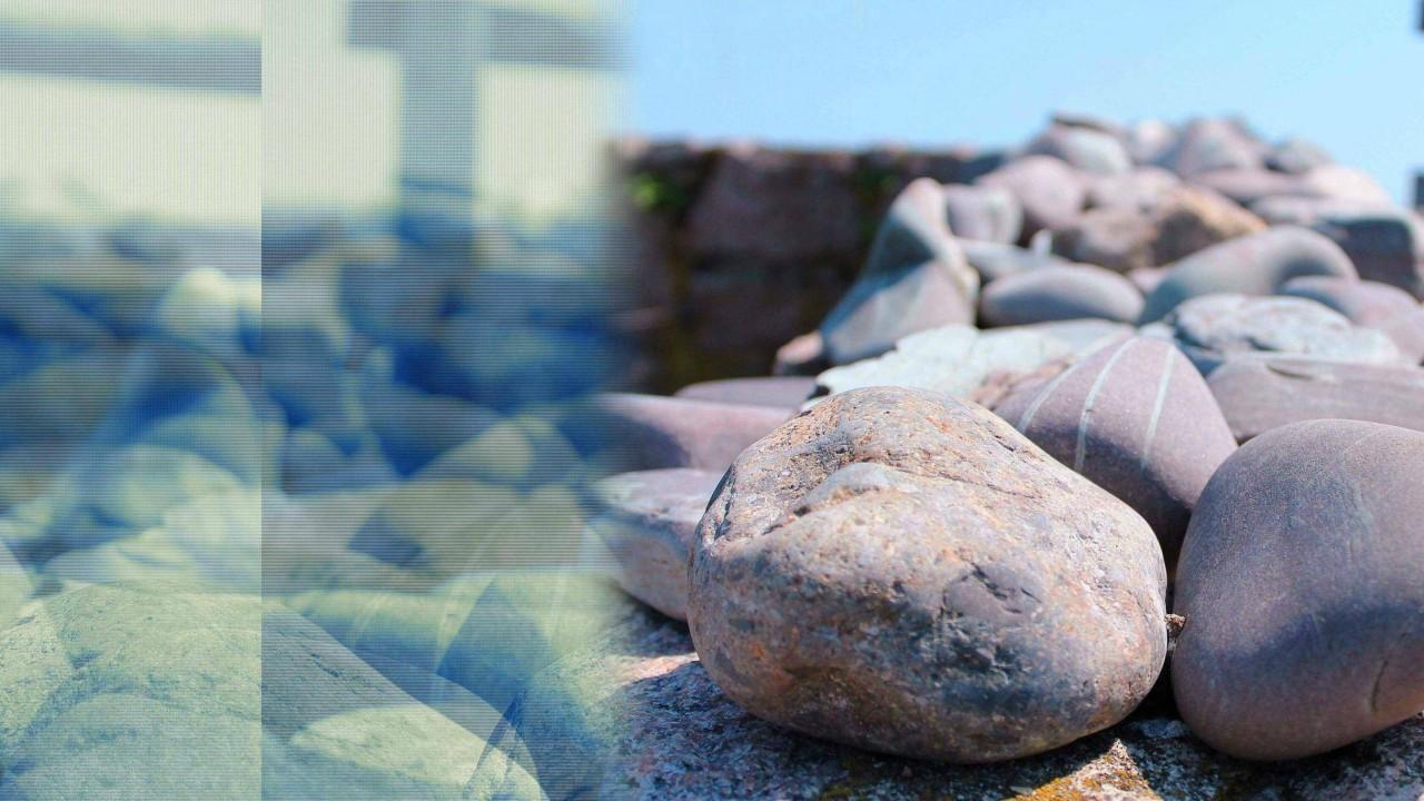 Stones hypnotic effect