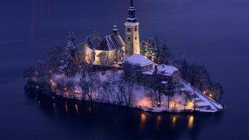 The-winter-on-island
