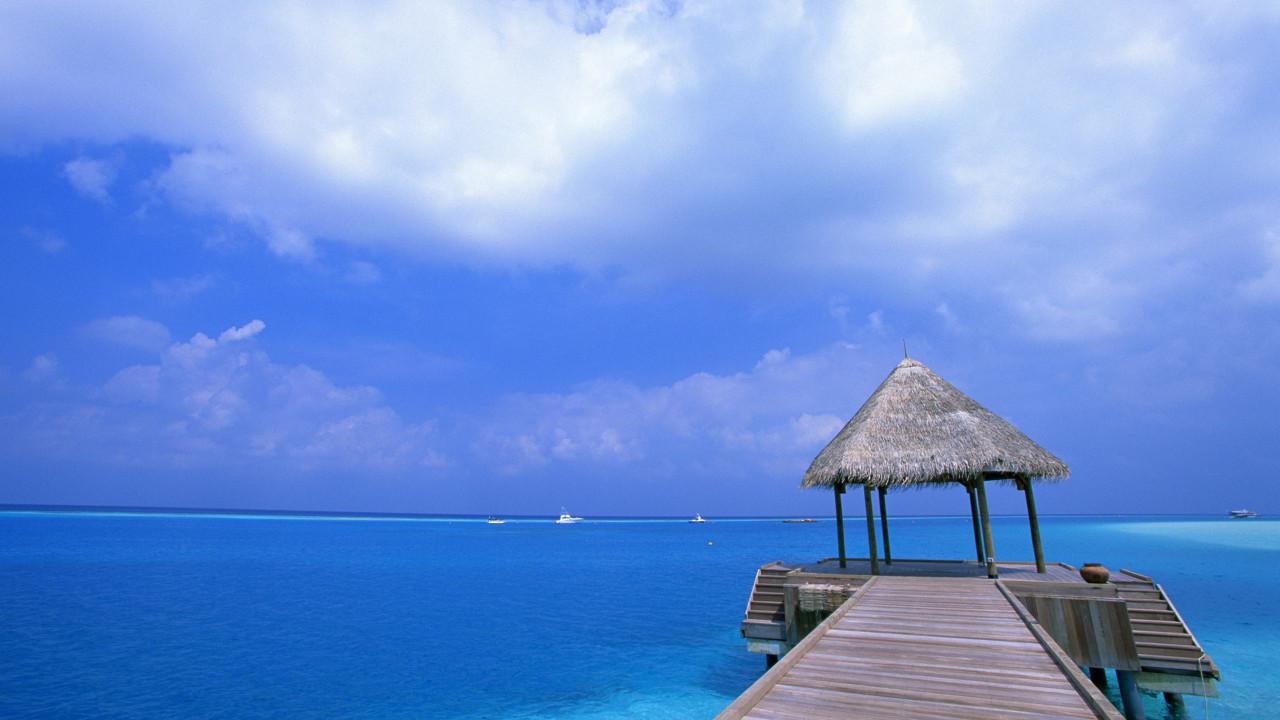 blue sky beach wide