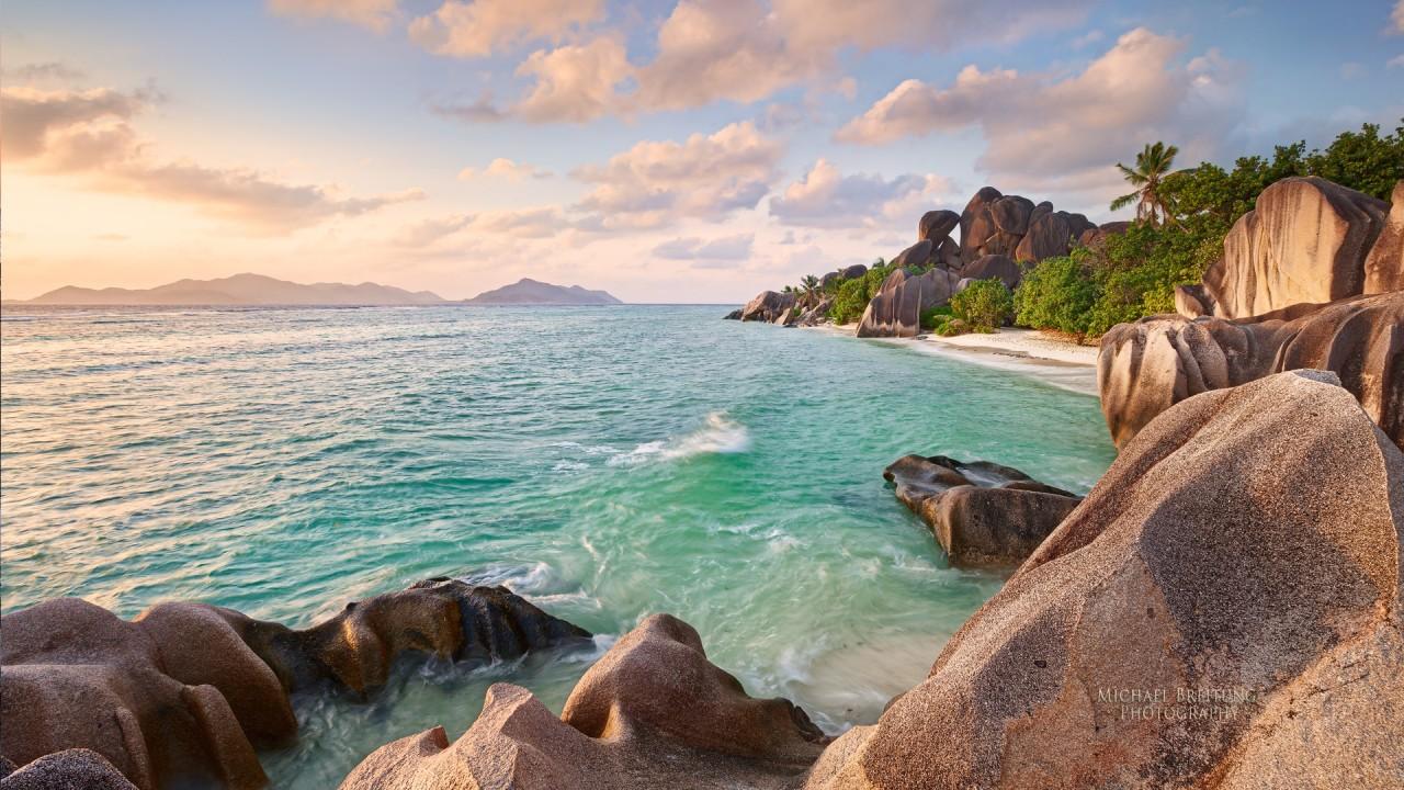 la digue beach seychelles wide