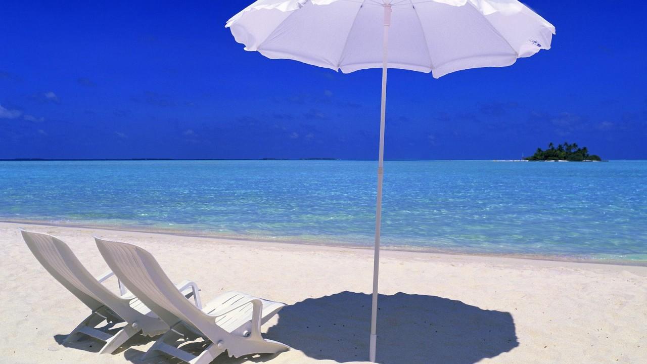 rihiveli beach maldives normal