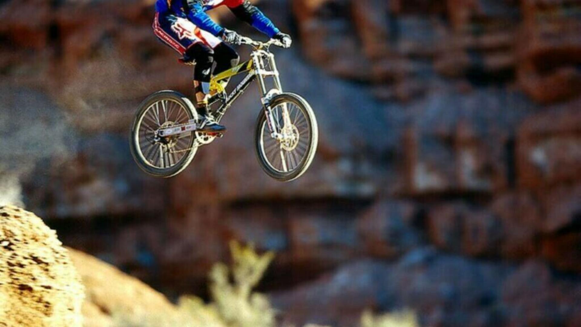 Mountain Biking Bike Hd Wallpaper Wallpapers Trend