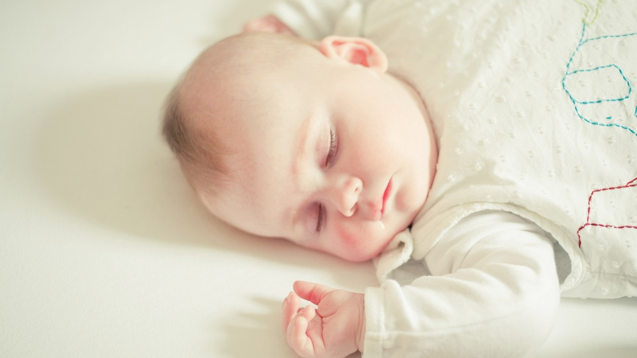 hd wallpaper cute sleeping baby
