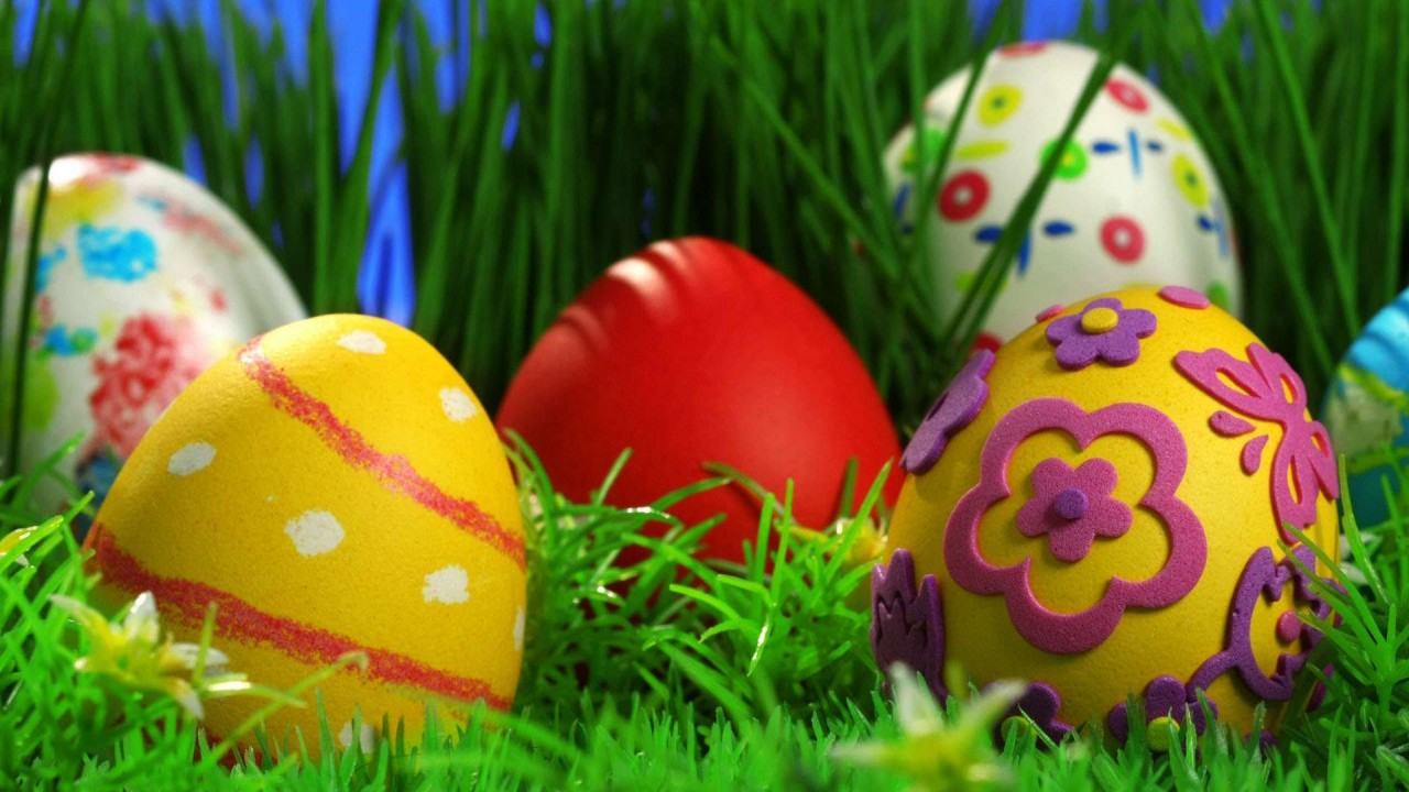 hd wallpaper Decorated Easter Eggs in Grass