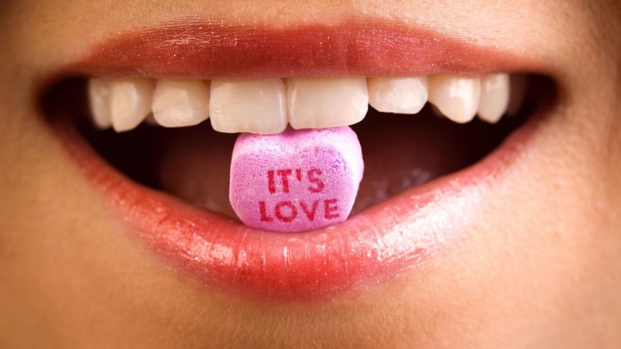 hd wallpaper its love lips
