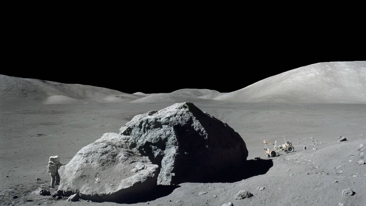 A large piece of meteorite on the moon